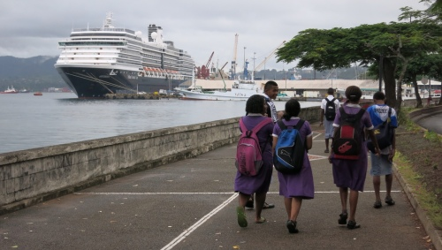 Oosterdam in Suva